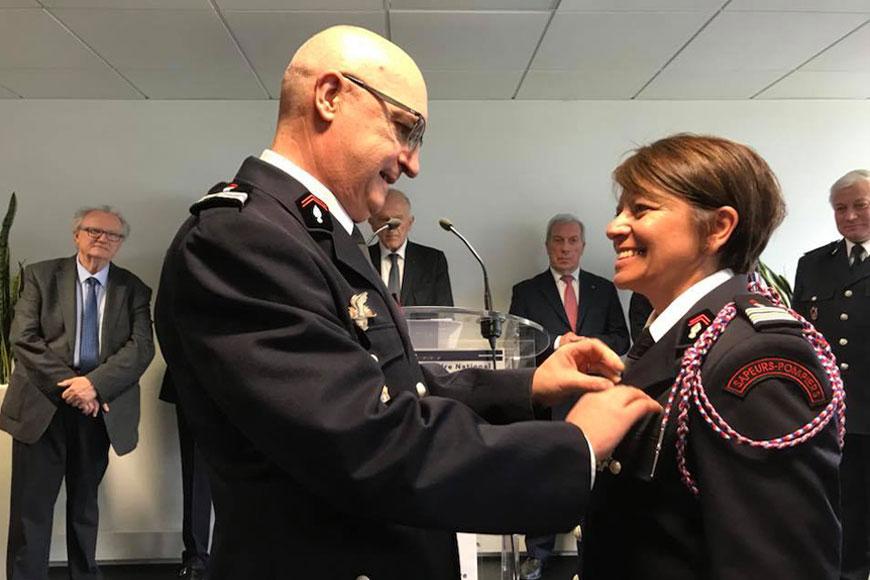 Florence Rabat, sapeur-pompier, décorée de la Légion d'honneur