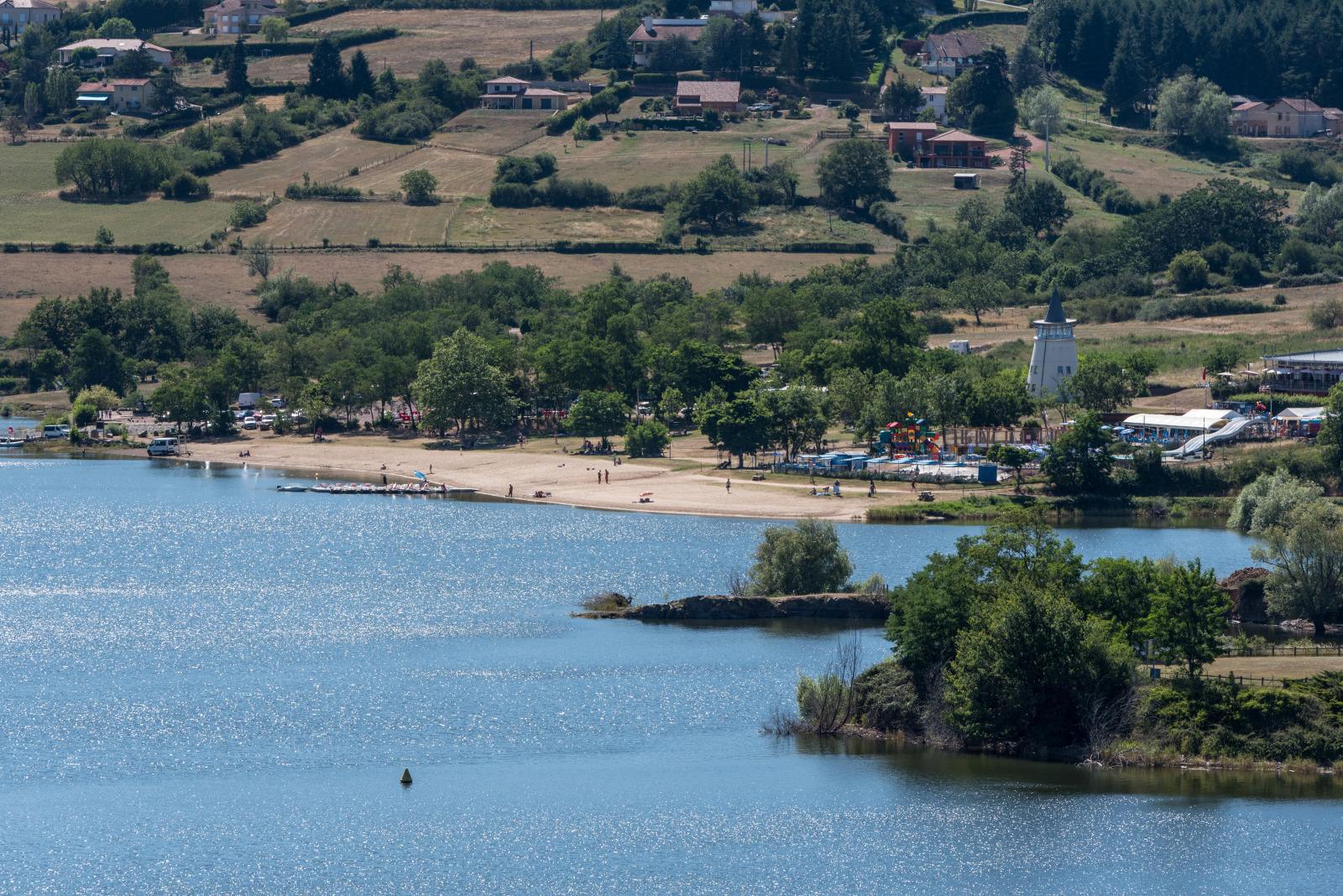 Cyanobactéries : baignade interdite dans des plans d'eau du département