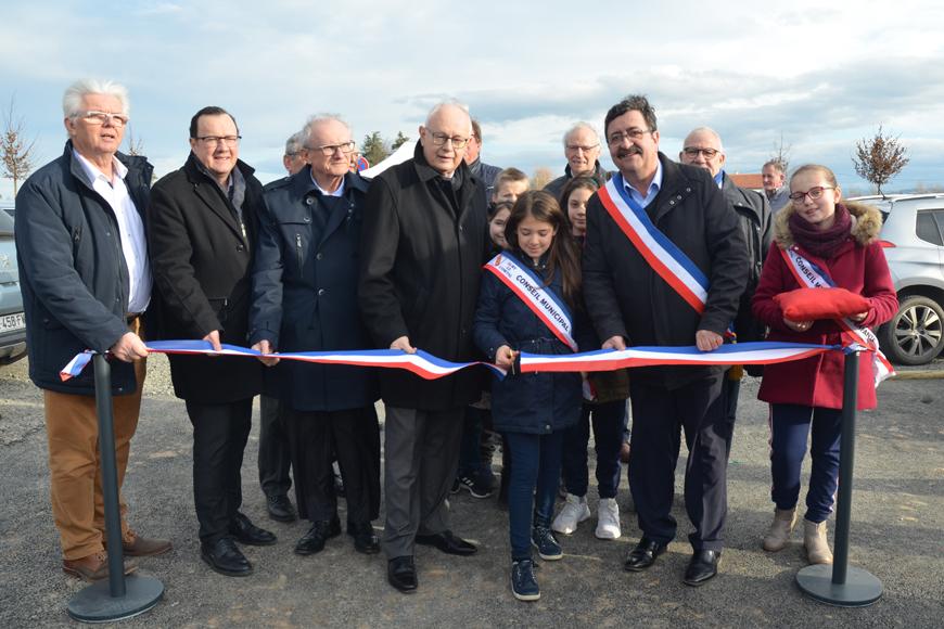 https://www.loire.fr/jcms/lw_1280248/inauguration-des-aires-de-covoiturage-de-sury-le-comtal-et-saint-cyprien?xtor=RSS-40